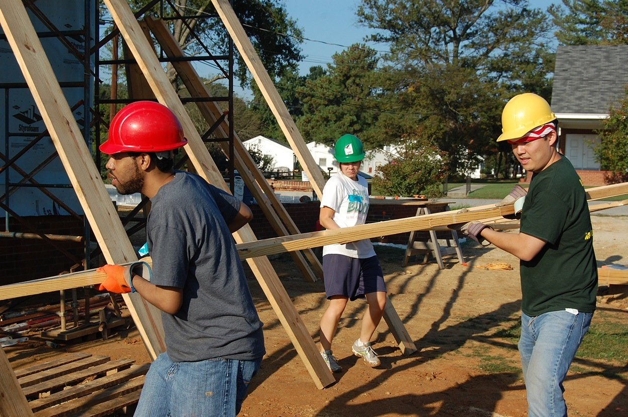 Elon Law students volunteer at a Habitat for Humanity build